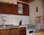 Vybavená kuchyňka v chatce s možností vaření