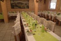 Svatební tabule v zeleném barevném provedení