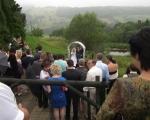 Svatební obřad pod širým nebem